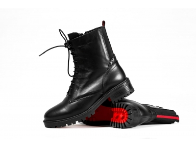 <Как ухаживать за кожаной обувью?